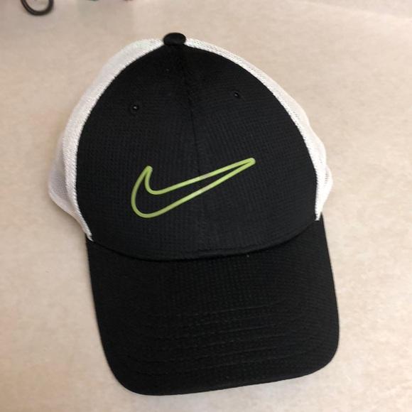 Nike Accessories  64ecb3b87c37